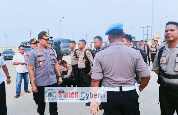 Polres Serang mengirimkan 200 Personil Dalam  Pengamanan Proses Pilkades Serentak di Kabupaten Tangerang