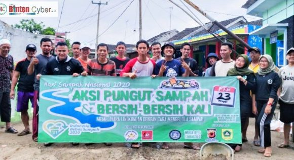 Peringati Hari Peduli Sampah Nasional, Warga Cibungbulang Pungut Sampah dan Bersihkan Sungai