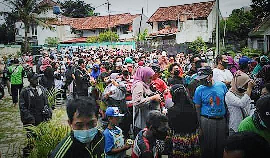 Dahsyaaat, 4000 Lebih Penerima Bansos Numplek Di Kelurahan Kedaung di Masa Pandemi