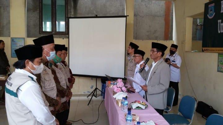 Ketua BAZNAS Lantik UPZ Masjid Kecamatan Pondok Aren dan Serut